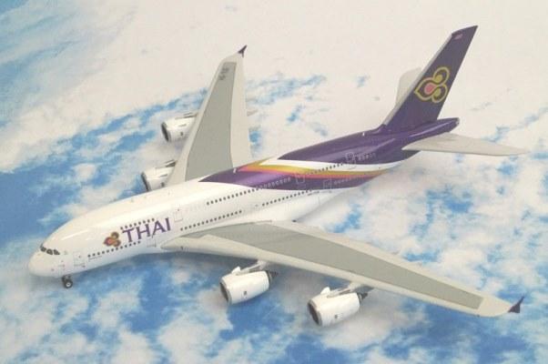中古 フェニックス A380-800 THAIタイ HS-TUE 11154