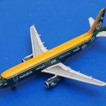 エアアジア「チーム・ロータスF1」10年 A320 9M-AFY
